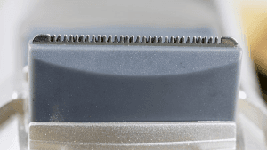 Closeup of trimmer cutting teeth
