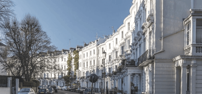 Image of row of white houses in south kensington